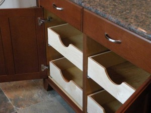 Pull-out-Drawers-Merrywing